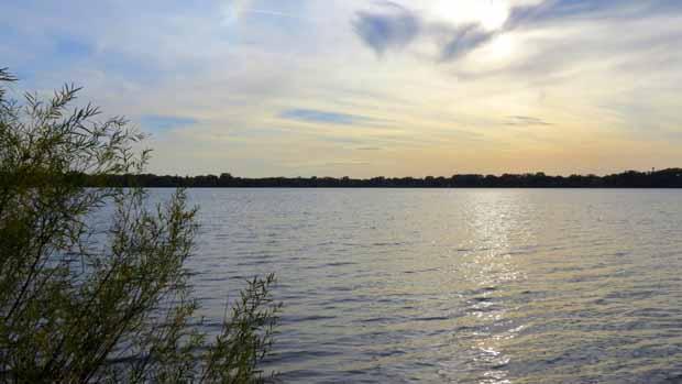 Lake7 640 X 349